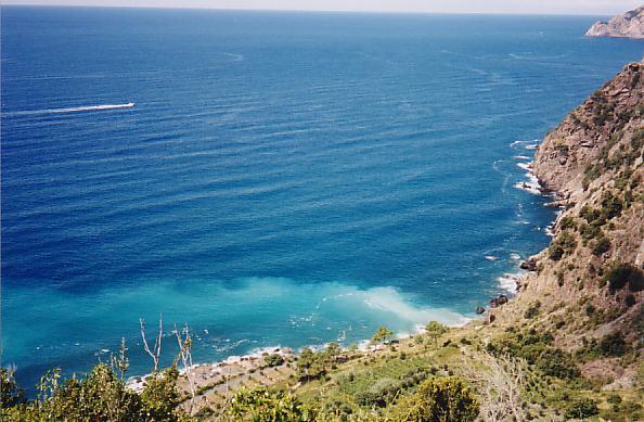 http://www.jreimer.com/old/travel/europe2002/Mediterranean.JPG