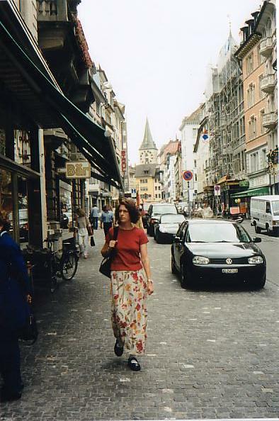 http://www.jreimer.com/old/travel/europe2002/Zurich.JPG